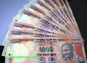 Rupee-INR-Gandhi-1000-currency-note