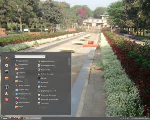 Ubuntu Precise Pangolin with Cinnamon Desktop.