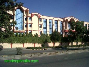 modern convent school sector 3 dwarka delhi