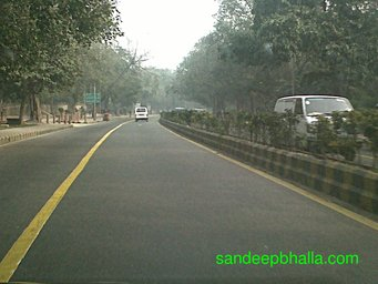 New Delhi in fog on 7 Jan 2013 at 11.00 AM