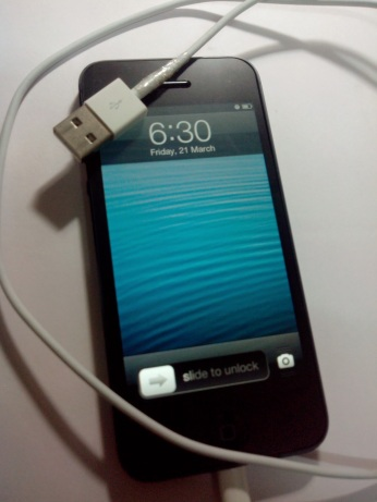 Iphone 5 black.